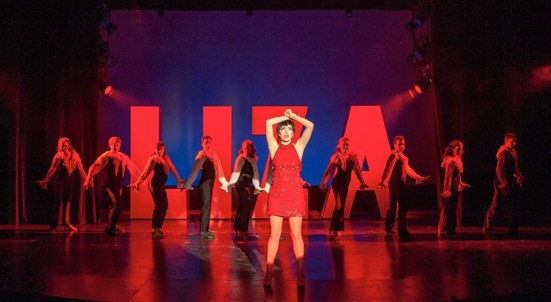 Sarah Elizabeth Smith as Liza Minelli